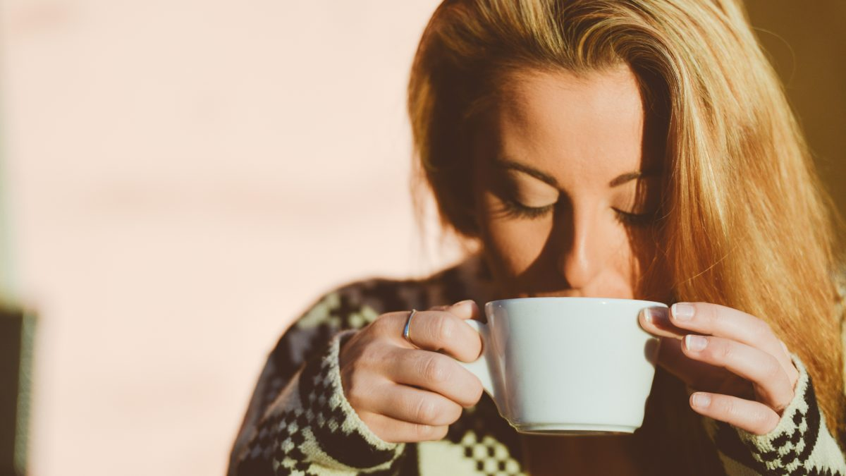 Coffee Stain on Teeth: Cause, Treatments, and Prevention