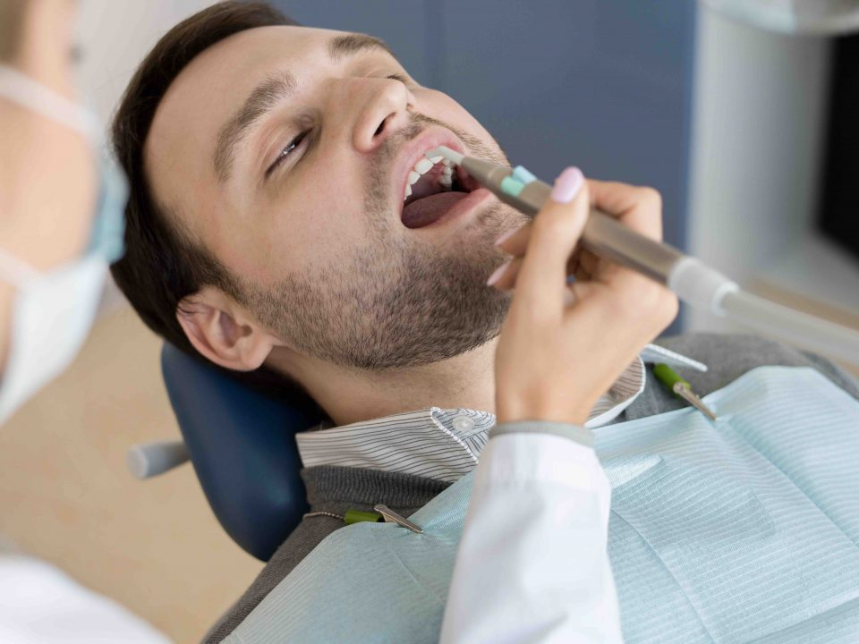 Causes, Symptoms and Treatments for Tooth Decay